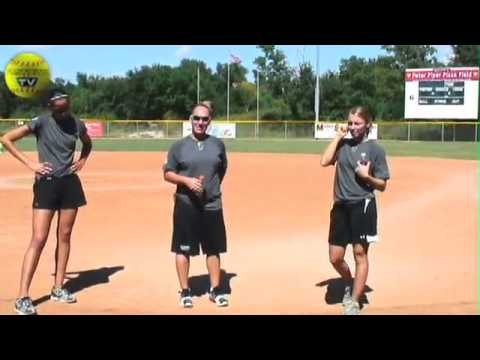 Q & A With Cat, Caitlin & Kelly Part 1 - Episode 86 - Fastpitch Softball TV Show. The Triple Threat Softball Camp ends with a question and answer session. In the second half of the session people have an opportunity to ask questions to Cat Osterman, Caitlin Lowe, And Kelly Kretschman. The ladies let me film the question and answer session    Visit the Fastpitch TV Show's website at http://Fastpitch.TV