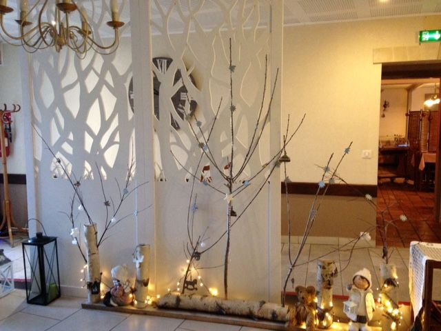 les 66 meilleures images du tableau claustra en bois sur pinterest claustra bois en bois et maya. Black Bedroom Furniture Sets. Home Design Ideas
