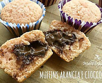 Muffins arancia e cioccolato