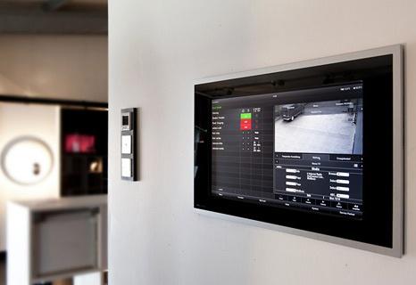 Control Client es una pantalla de control domótico muy completa y con una estética exquisita siempre funcionando a través de HomeServer.