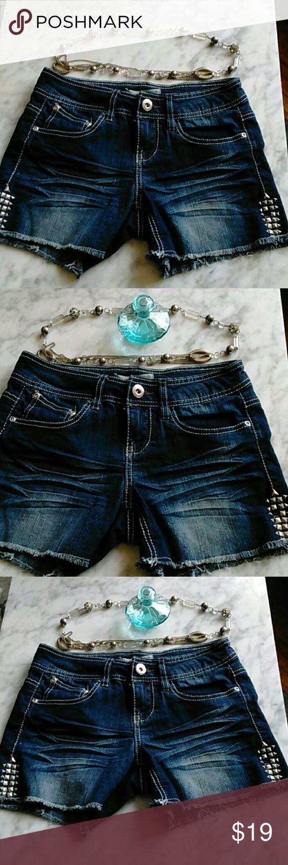 Selling this No Boundaries ladies Denim Shorts Size 3 in my Poshmark closet! My username is: mitzeclipse07. #shopmycloset #poshmark #fashion #shopping #style #forsale #No Boundaries #Pants