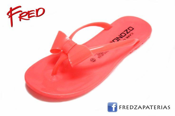 #FredZapaterias Sandalias de playa, Capa de Ozono, color rosa fosforescente  https://www.facebook.com/fred.zapaterias
