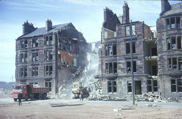 Springburn Virtual Museum: Demolition of tenements in Gourlay Street, 1975