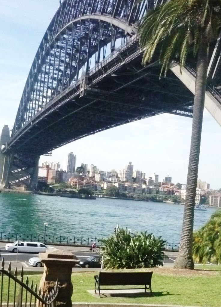 Harbour Bridge and Kirribilli in the background