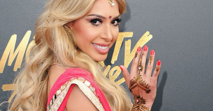 Farrah Abraham Sparks Controversy With Bollywood Outfit At MTV Movie & TV Awards