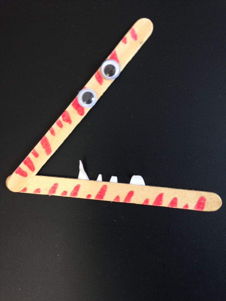 Crocodile greater than/less than signs for those craft-loving students who can also love math: www.toptenresources.com - a full year of math lessons created by teachers 4 teachers