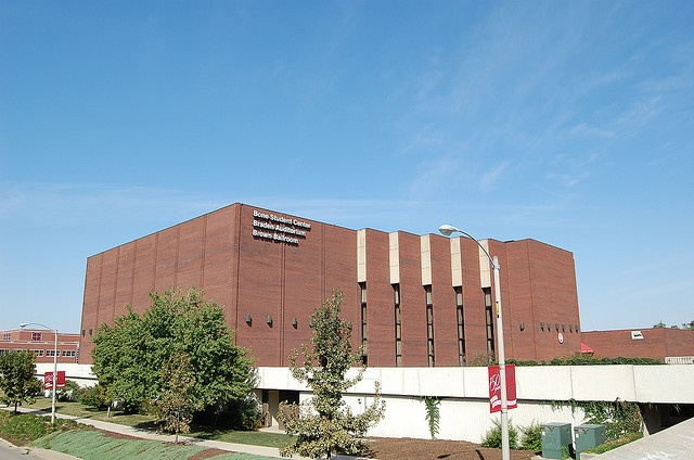 Illinois state university bone student center spent a for Watterson dining