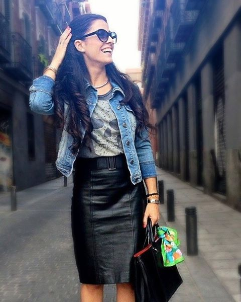"""She has the """"""""modernized rocker chic"""""""" look down! A women who has confidence in herself and the way she dresses can be seen from a mile away.   
