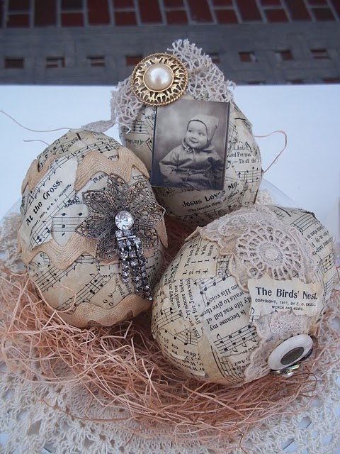 Adorable! I want to make these, but more rustic: no jewelry, and maybe tea stained or glazed.