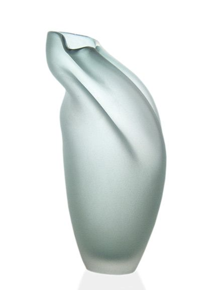 "Jeff Goodman - Emerald Green Ovelle / Verre soufflé, jet de sable, 61 x 23 x 20 cm / Blown glass, sandblasted,  24"" x 9"" x 8"""