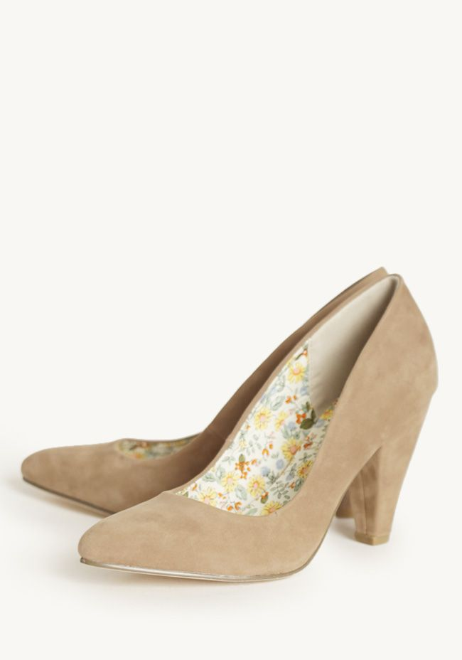 Royal Charter Pumps In Taupe By Restricted...♡