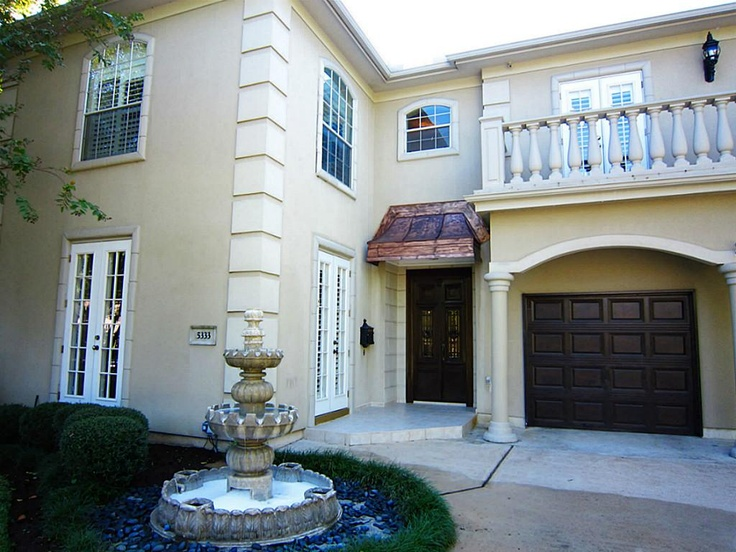 Stunning mediterranean style home in the heart of the Mediterranean style homes houston