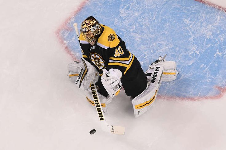BOSTON, MA - DECEMBER 23: Tuukka Rask #40 of the Boston Bruins makes a save against the Detroit Red Wings at the TD Garden on December 23, 2017 in Boston, Massachusetts. (Photo by Steve Babineau/NHLI via Getty Images)