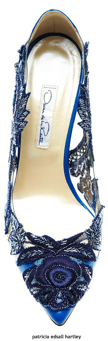Oscar de la Renta ~ Multi Blue Floral Applique Pointed Toe Pump
