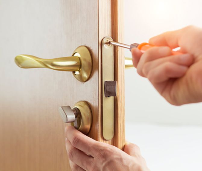 Locksmith For House Door Denver Locksmith Services Locksmith Commercial Door Locks