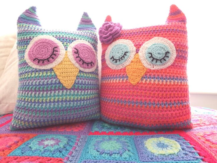 Owl Cushion Knitting Pattern : 113 best ideas about **Crochet Home** on Pinterest Free pattern, Filet croc...