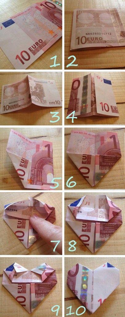 Hartje-vouwen-van-geld Een leuke manier van geld geven als je het vouwt in een mooi patroon. In dit geval een hartje.