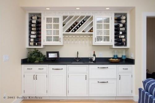 kitchen bar with wine rack = LOVE!!!: Wet Bar, Wine Racks, Bar Design, Traditional Kitchens, Bar Area, Wine Bottle, Wine Bar, Kitchens Photos, Wine Storage