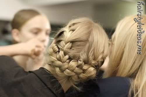 hairstyle (spotted on http://hairstyleideas.me )