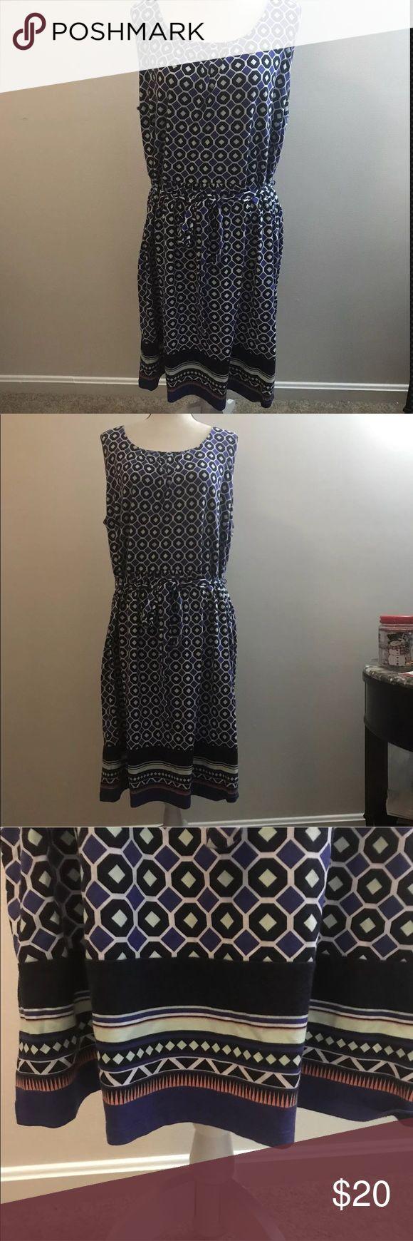 Talbots 3X Dress Blue Tie back plus size dress Talbots 3X Dress Blue Pattern Scoop Neck Tie Back career casual (450) Talbots Dresses Midi