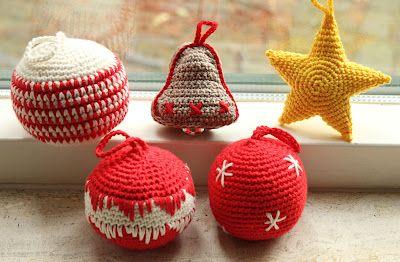 Kerstballen haken | draadenpapier | Patroon uit boek #haken #kerst #kerstbal #crochet #christmas