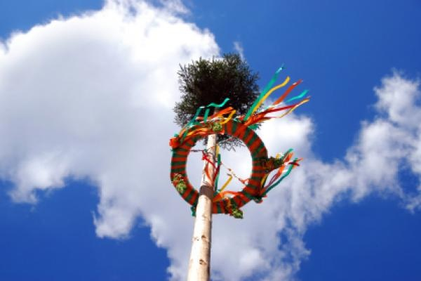 May Day (Der Erste Mai, Tag der Arbeit) is an ancient festival to welcome the spring weather and to drive away evil spirits. It is also an occasion to campaign for and celebrate workers rights, particularly in Berlin. May 1 is a public holiday in all German states.