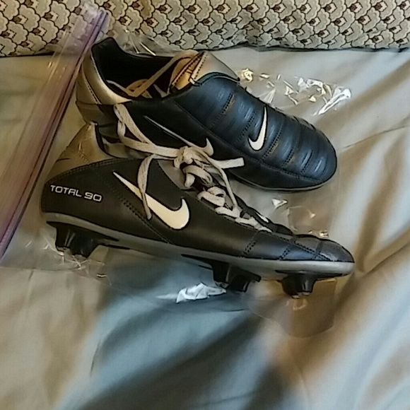 Nike's Cleats for boys Total 90 Brand new cleats size: 3.5 youth color: blue and silver Nike Shoes Athletic Shoes