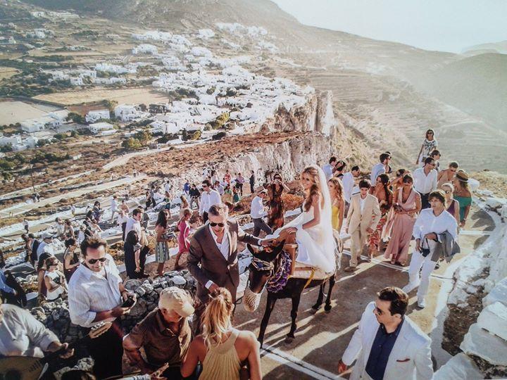 folegandros wedding