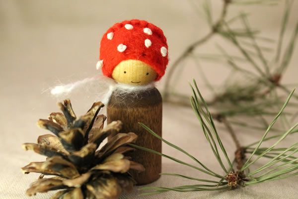 Perfect little Toadstool peg doll!