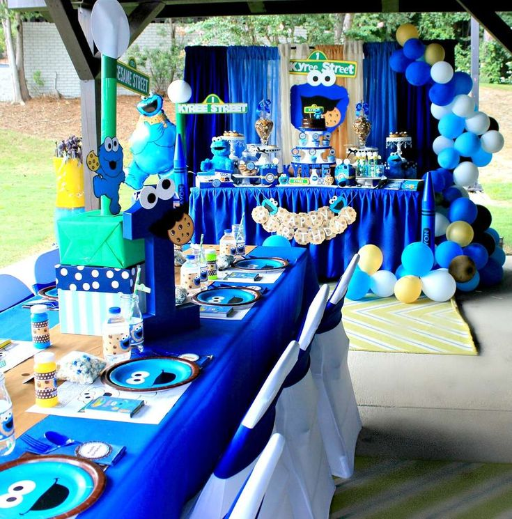 Calling all Sesame Street fans!! Check out this awesome Cookie Monster Sesame street Birthday Party!! The table settings are so cool! See more party ideas and share yours at CatchMyParty.com #sesamestreet #cookiemonster