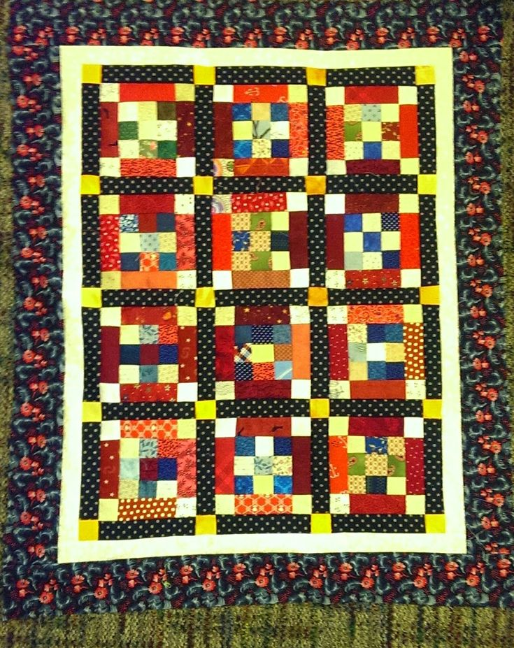 Nine's Surrounded Quiltville Pattern, needs quilting