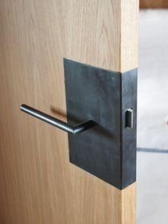 + Door lock & door handle ...