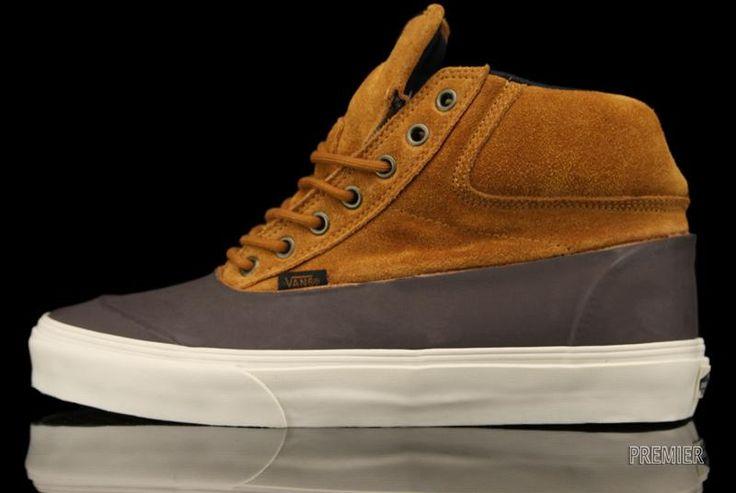 Vans Switchback (Outdoor) Footwear at Premier