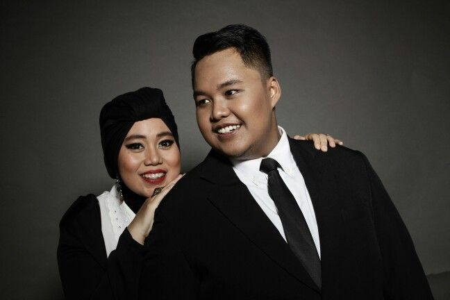 Prewedding photo shoot. Casual in black and white