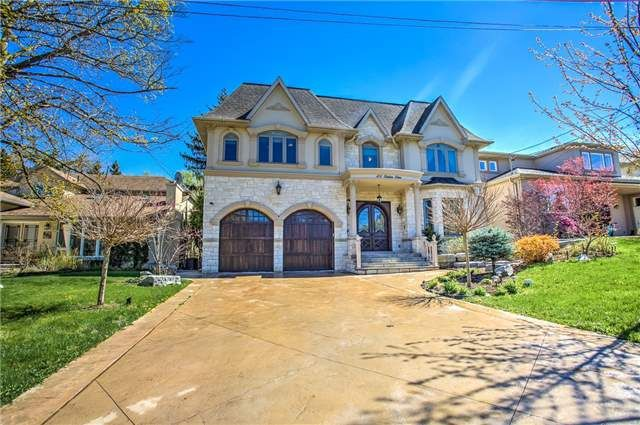 LUXURY HOME: 0.42 Acre Private Ravine,303 Ft Deep Premium Lot W/ A Gorgeous South Facing Custom Built Home In Highly Sought After Prestigious Bayview Village! Marble + Hardwd Flrs.Crown Molding,Pot Lights,Sun Boasting Skylight,Top Of Line Appliances,Beautiful Sunny Kitchen,Spa-Like Ensuites,3 Fireplaces,Huge Basement W/ More Rms,Wet Bar,Heated Marble Flrs+W/O To Interlock Backyard,One Of A Kind Home On An Impressive Lot. Live The Cottage Life In The Heart Of The City!