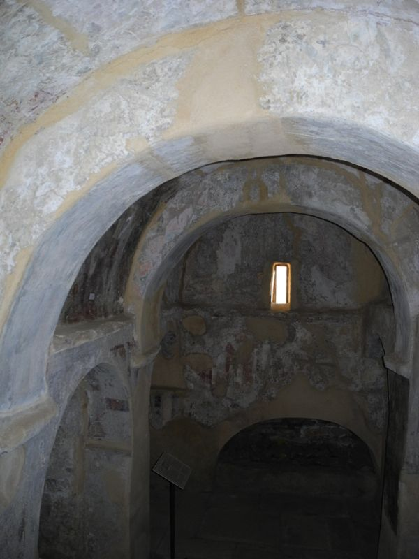 Frescoes , Byzantine church _ Naxos _ Cyclades _ Grèce    by FindinGreece