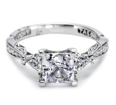 Princess cut diamond ring. This is just beautiful!