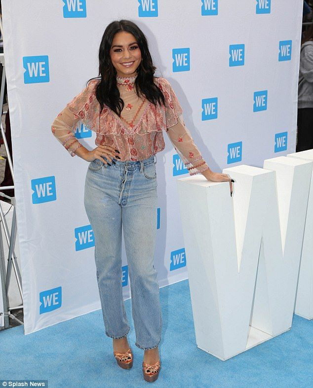 Vanessa Hudgens and Kelly Clarkson turn heads at WE Day | Daily Mail Online