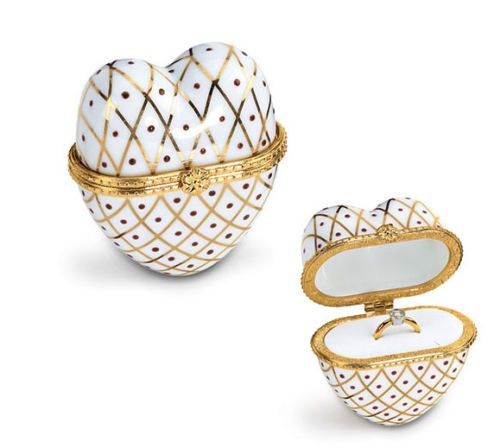 15 best jewelry presentation boxes images on pinterest for Heart shaped engagement ring box
