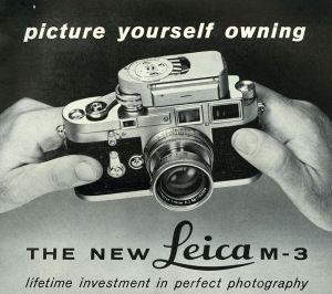 Leica. Nog steeds is geen enkele camera zo stoer en eerbiedwaardig als een oude Leica; in 2012 werd zelfs een exemplaar uit de zogeheten nulserie (1923) geveild voor twee miljoen euro.