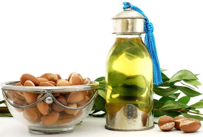 Olio di Argan: Proprietà e Usi nella Cosmesi >>> http://www.piuvivi.com/bellezza/olio-argan-proprieta-benefici-pelle-usi-cosmesi.html <<<