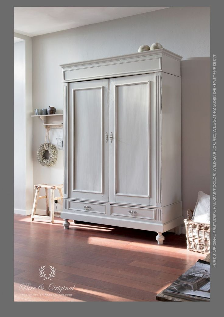 17 beste idee u00ebn over Brocante Meubels Verven op Pinterest   Ana wit, Vernissen en Krijt verf meubels