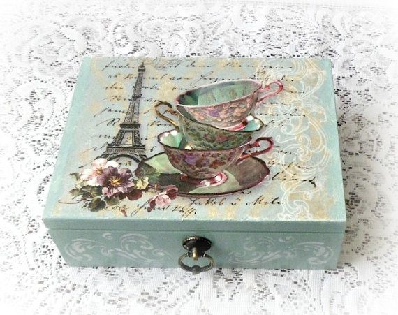 Caja de madera del té, caja de joyería, caja de decoupage, caja de estilo vintage, caja de estilo vintage, Torre Eiffel, tazas de té, color sage