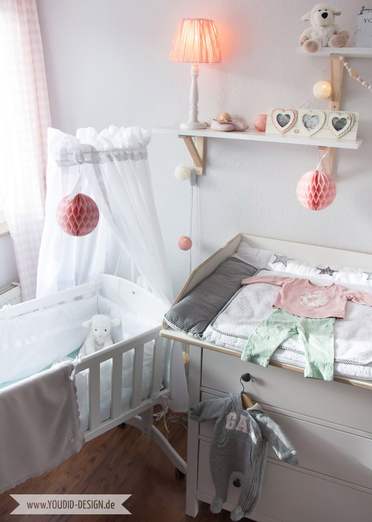Inspiration for a scandinavian nursery Inspirationen für ein skandinavisches Kinderzimmer in mint blush IKEA Hack Wickelaufsatz für die IKEA Hemnes Kommode deko nordic interior scandi style | www.youdid-design.de