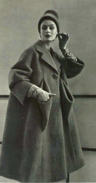 1952 Schiaparelli                                                       …