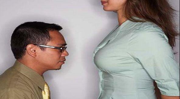 Lelaki Suka Tenung Payudara Wanita Miliki Umur Panjang Dan Awet Muda