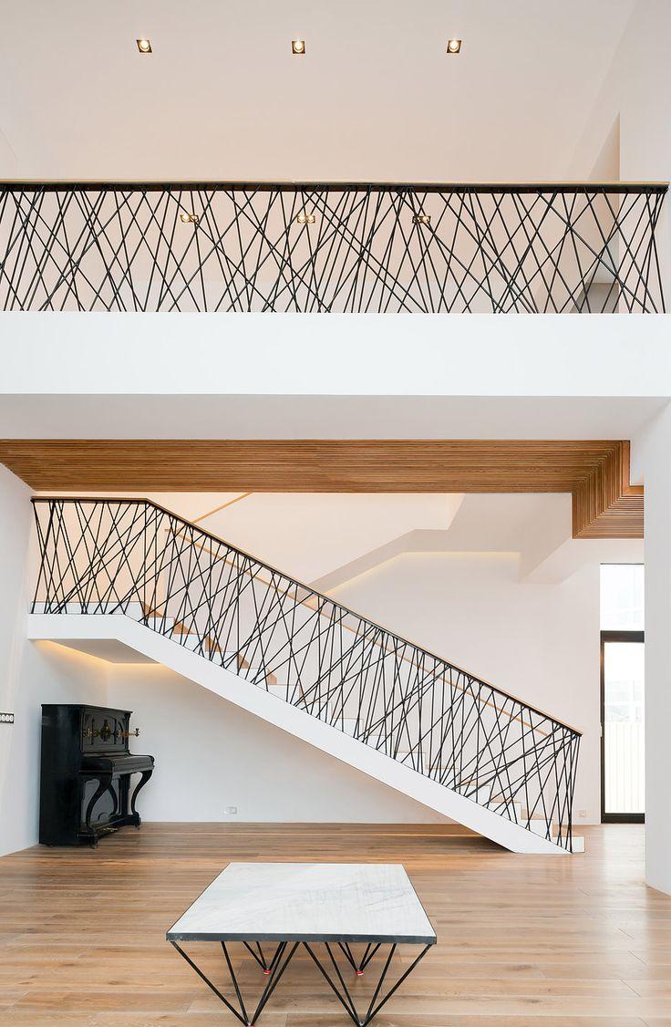 Конструктивный подход: проект частного загородного дома площадью - 390