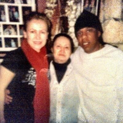 Idk how accurate this is because I've never seen this picture before now but this is supposedly The Queen of Cocain Griselda Blanco with Jay-z
