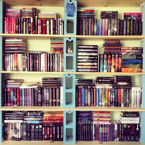 22 best images about bookshelves other stuff to build on for Cute bookshelf ideas