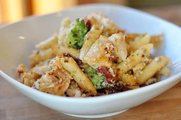 This baked penne with chicken, broccoli and smoked mozzarella casserole is uh-mazing. It is the perfect take-in meal and freezes beautifully.